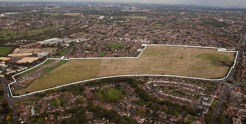 Aerial photo with outline showing the park from the air